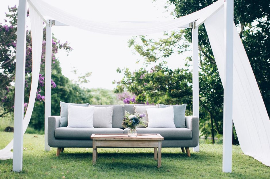 Photo by Figtree Wedding Photography,Styled by Little Gray Station