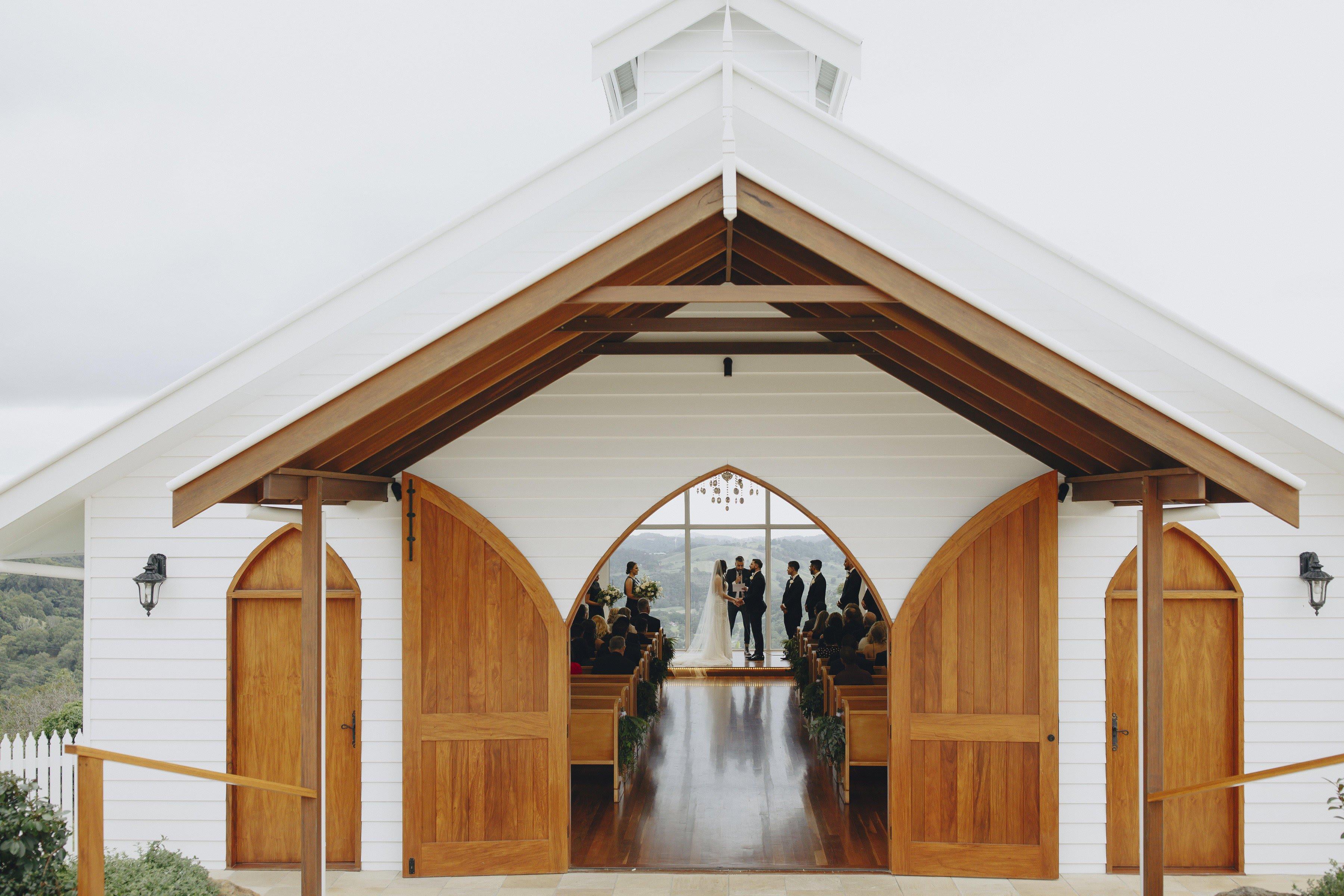 Summergrove Estate | Best all weather wedding venues on the Tweed Coast (3)