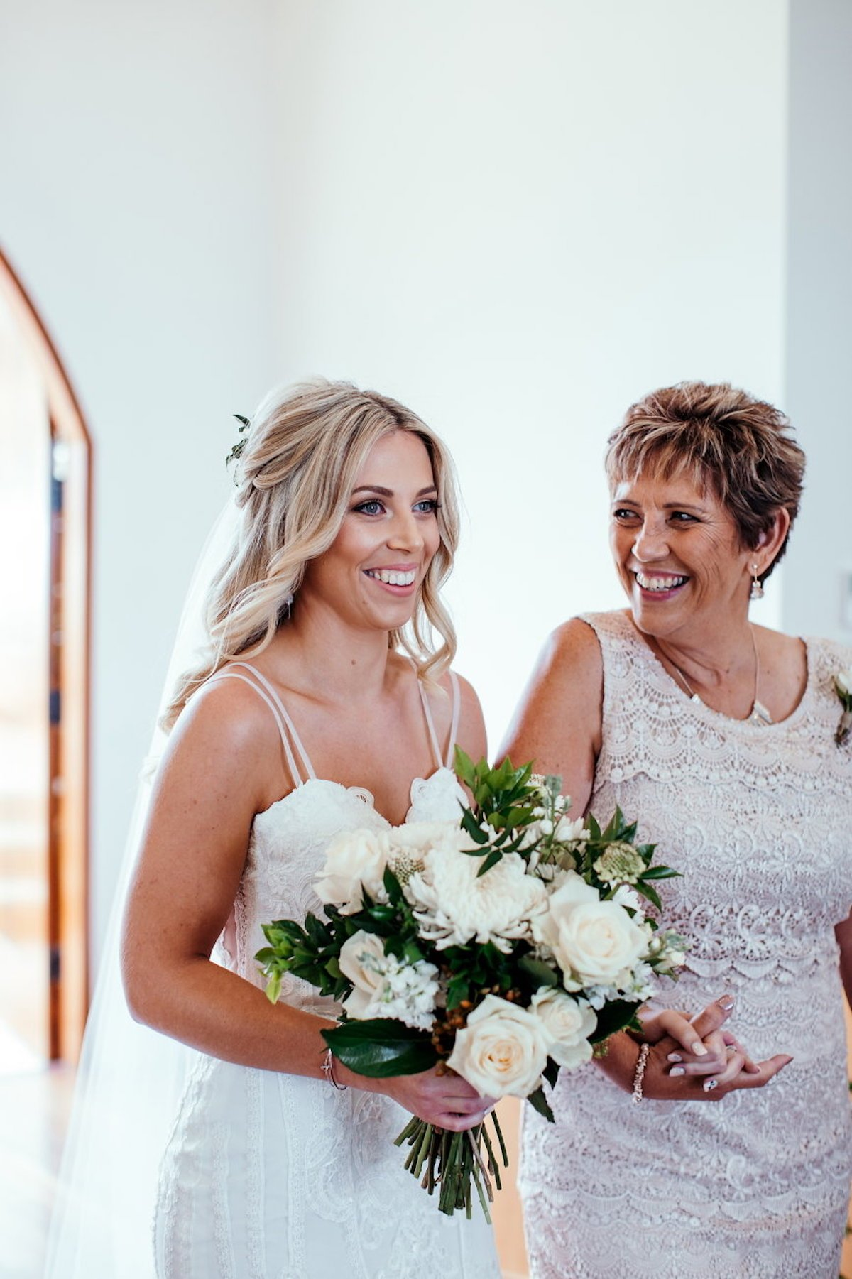9 Ways to Make Your Mum Feel Special on Your Wedding Day! With Tweed Coast Weddings (9)