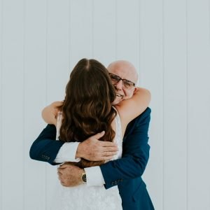 8 Special Ways to Include Your Dad in Your Wedding!