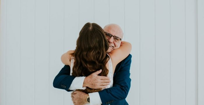 8 Special Ways to Include Your Dad at Your Wedding!
