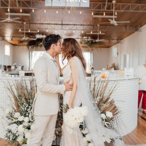 BRIGETTE + NATE :: OCEANIC INSPIRED TAVERNA WEDDING