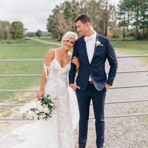JESSICA + BENJAMIN :: BRIGHTY, AIRY WATERFRONT WEDDING